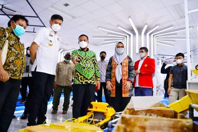 Launching Incubator of Technology and Business Teknik Unhas, Plt Gubernur: Pembangunan Paling Kuat adalah SDM