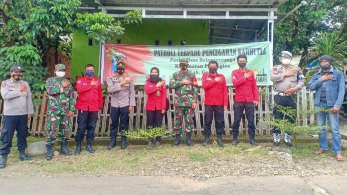 Kapolsek Parangloe Gowa Back Up Manggala Agni Lakukan Patroli Terpadu