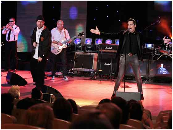 Stefan Banica Jr. printre marii castigatori ai premiilor muzicale Radio Romania