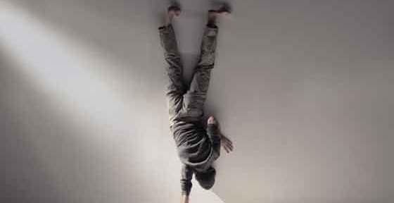 """Andreea Novac si István Téglás vor sustine spectacolele """"Despre tandrete"""" si """"Dance a playful body"""", marti, 10 septembrie, ora 21:00 la Centrul National al Dansului Bucuresti, Sala Stere Popescu, Bd. Marasesti, nr 80-82."""