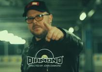 Capul sus – noul videoclip John Diamond