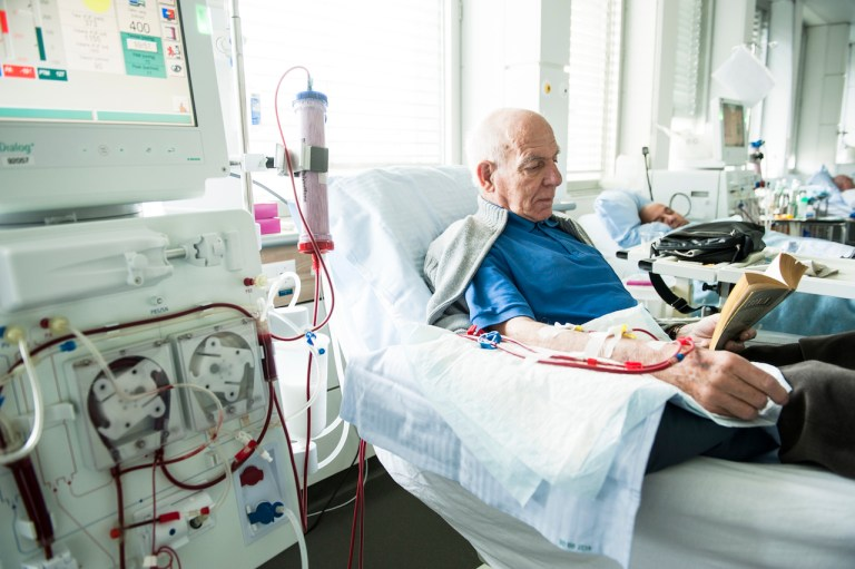 Complications of chronic renal failure