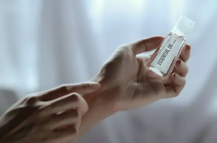 curcuma herb essential oils
