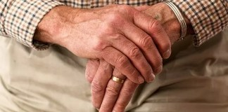 hearing aids reduce risk of dementia