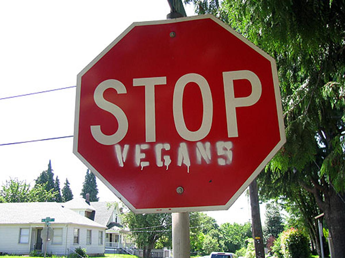 Basta essere vegani! Torno a mangiar carne.