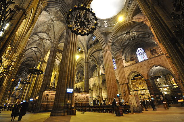 Barcelona's Cathedral - photo by Jorge Lascar