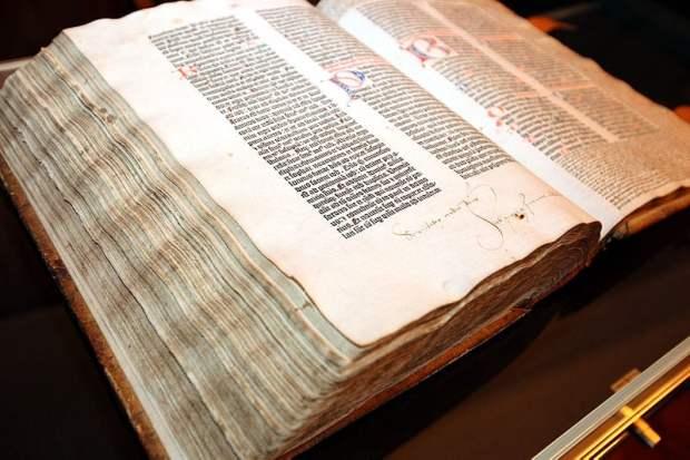 Gutenburg Bible - photo by UB Kassel /Wikimedia Commons