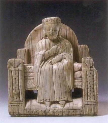 Carolingian Queen - ivory chess piece