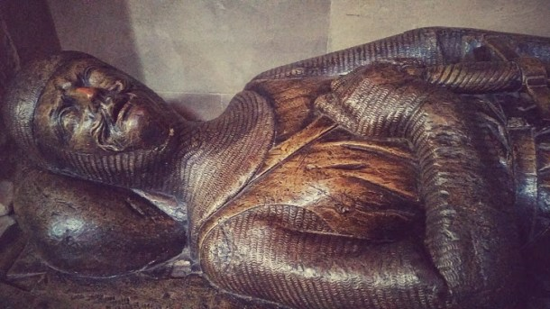 Wooden effigy of a medieval knight in Southwark Cathedral  - 1280 AD