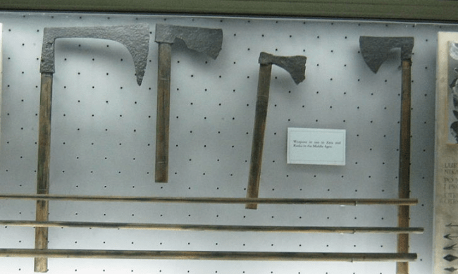 medieval battle axes - Photo by Boksi