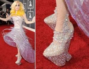 Lady Gaga in modern day chopines