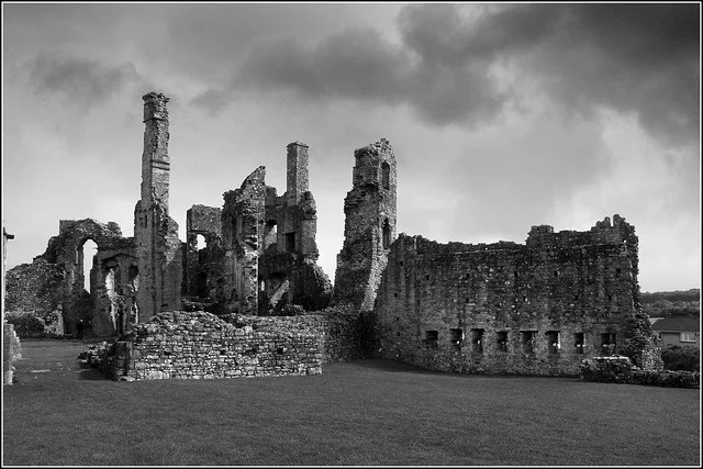 coity castle - photo by Ben Salter / Flickr