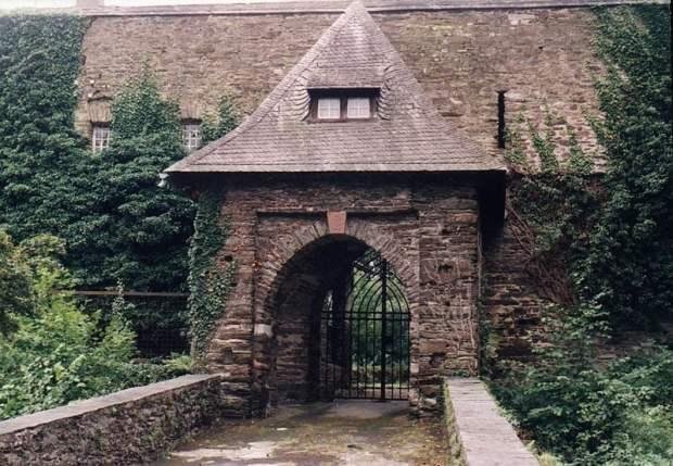 Sauerburg - Wikicommons