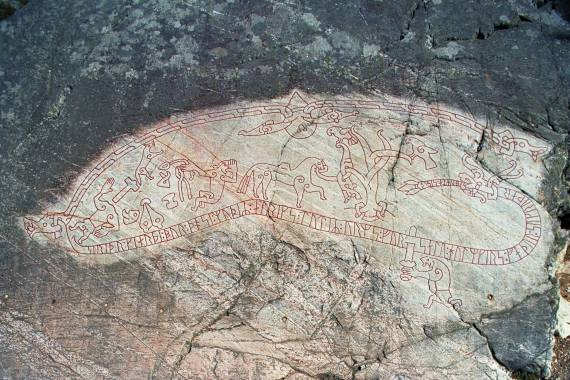 Ramsund rock engraving (Sö 101), Mälar Valley, Södermanland, Sweden. 11th cent., 4.7 x 1.8 m. Image courtesy of the Swedish National Heritage Board; photographer: Bengt A. Lundberg.