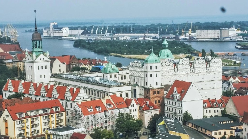 View of the castle taken from the top of St. Jakub's Basilica. (Photo by Medievalists.net)