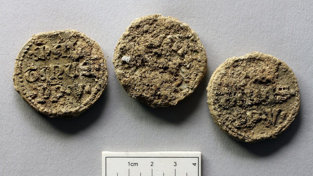 Papal Bulls, Abbot Wheathampstead Burial Site / Image courtesy of Canterbury Archaeological Trust