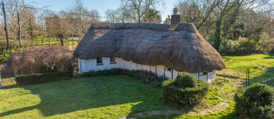 Medieval House for Sale: The Hovel