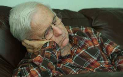Sleeping Longer than Usually Might Be a Sign of Dementia for Seniors