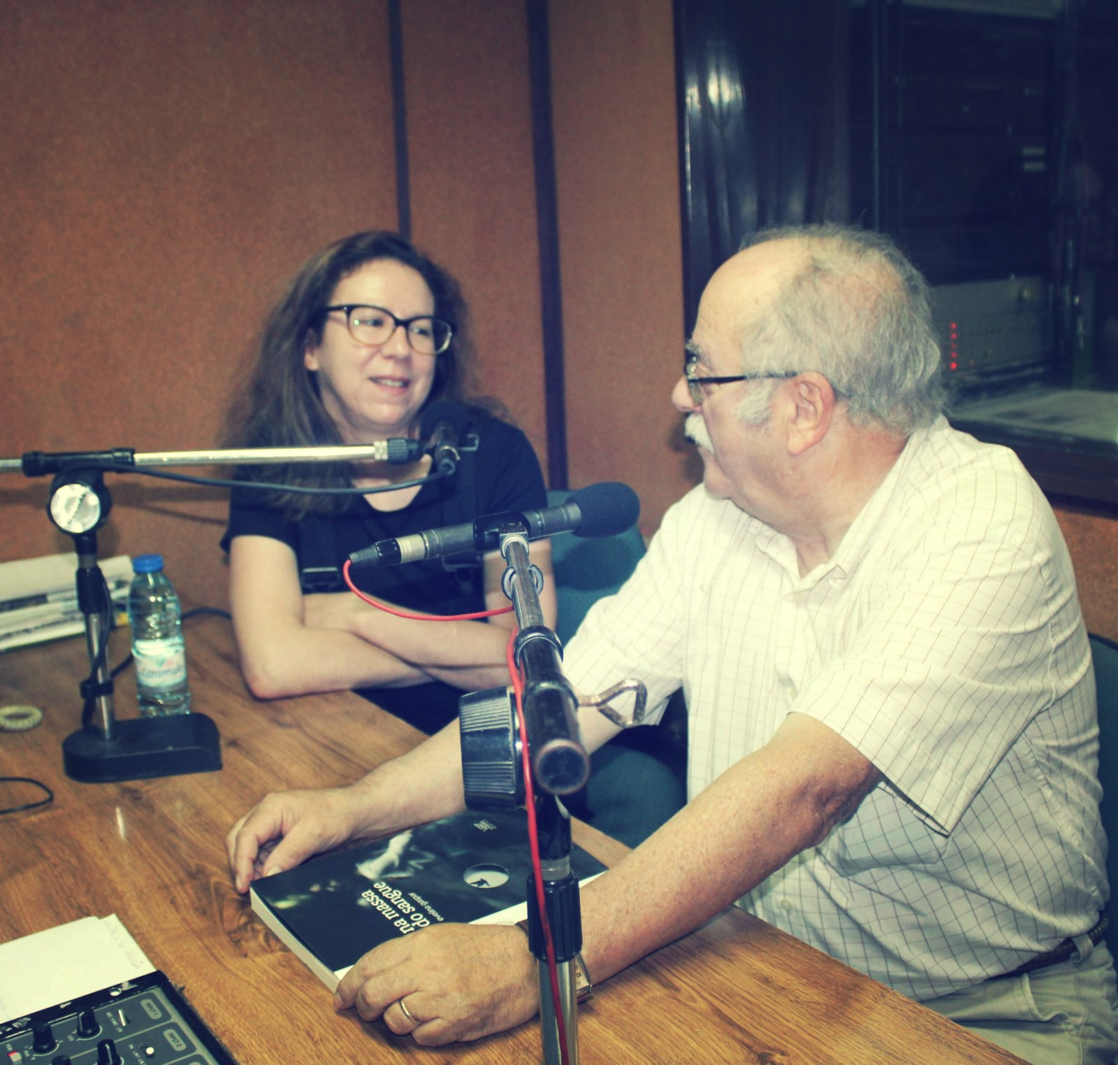 Evelina Gaspar à conversa na Rádio Cidade de Tomar