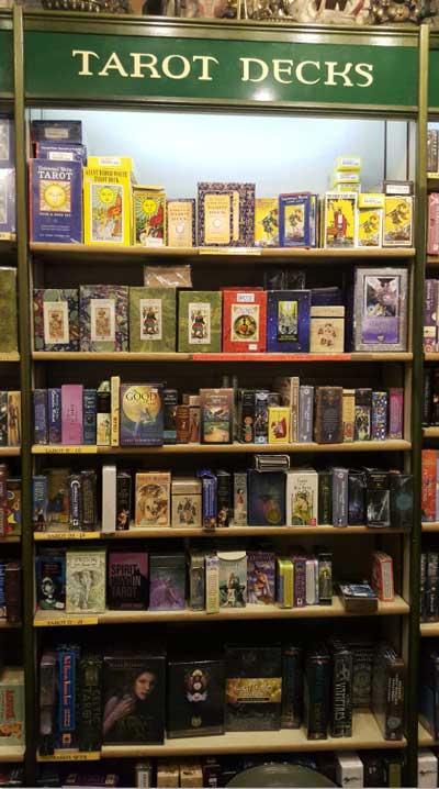 Watkins Books y el Tarot Conspiratorio.