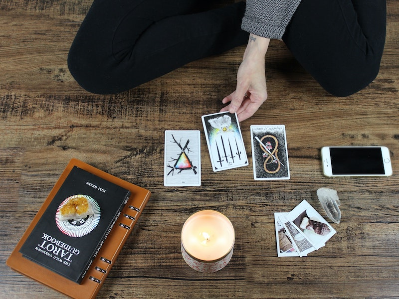 How To Start Reading Tarot
