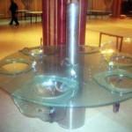 כיור משתפך מזכוכית , כיורים באולם אירועים