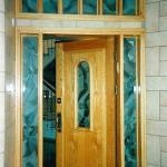 דלת זכוכית מעוצבת משולבת עץ