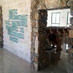 קיר הנצחה מעוצב מזכוכית