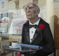 konobar u penziji