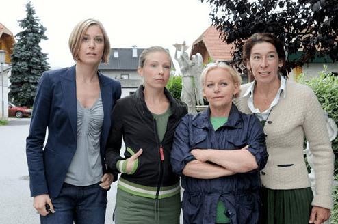 Četiri žene i sprovod