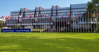 Hrvatska predsjedanje VE preuzima uslijed korupcijskog skandala