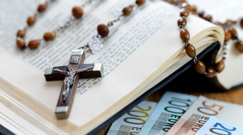 Češki parlament izglasao oporezivanje Crkve