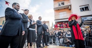 U Murteru maškare 'skinule' Milanovićevu inauguraciju, nastradao Krnja Mason