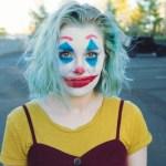 Danas odlazi žena-klaun, pjeva The Best Josipa i dolazi karakter koji nije anemičan