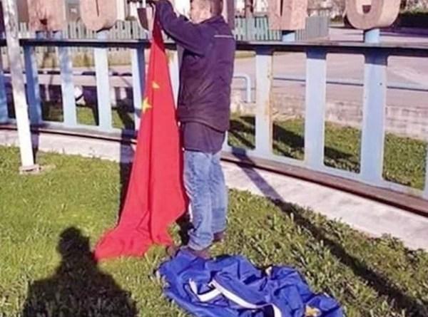 Talijani skinuli zastave EU i umesto njih stavljaju ruske i kineske i tako poslali snažnu poruku