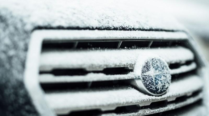 Stručnjaci otkrili: Zagrijavanje automobila zimi prije nego sjednete u njega jako je loše