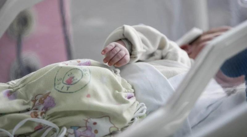 Supetar će obnoviti kuću prvorođene bebe u Hrvatskoj, dječaka Davida iz Petrinje