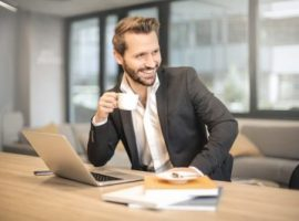 5 Influencers Every Medical Sales Professional Needs to Follow Now