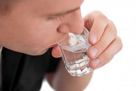 Як використовувати воду чемериці від алкоголізму (з відгуками)