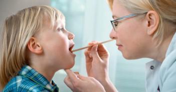 лечение тонзиллита у ребенка народными средствами