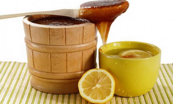 Смесь из меда и какао и масла от кашля