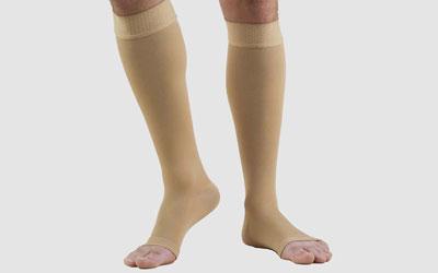 Лечение венозной недостаточности - компрессионное белье
