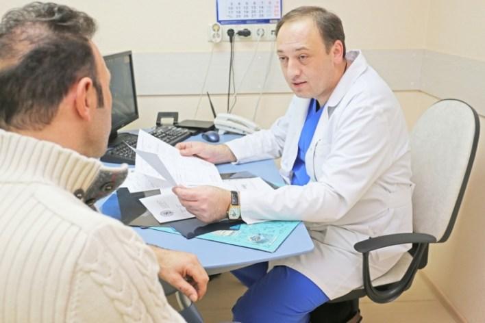 Як проявляється гострий простатит і чим його лікувати