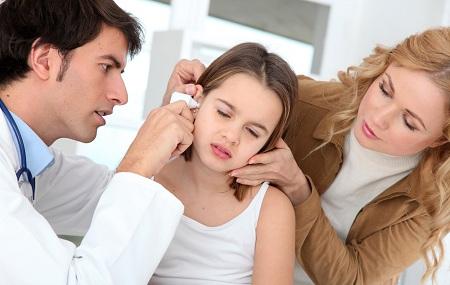 Отит - частая причина болей в ухе