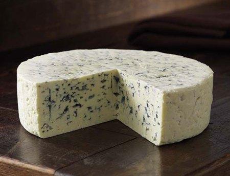сыр с грибком