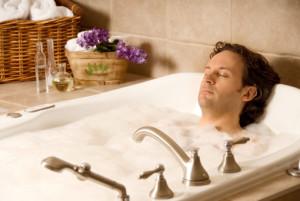ванна с добавлением лаванды,