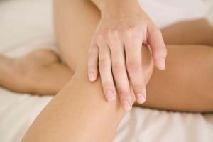 жидкость в коленном суставе
