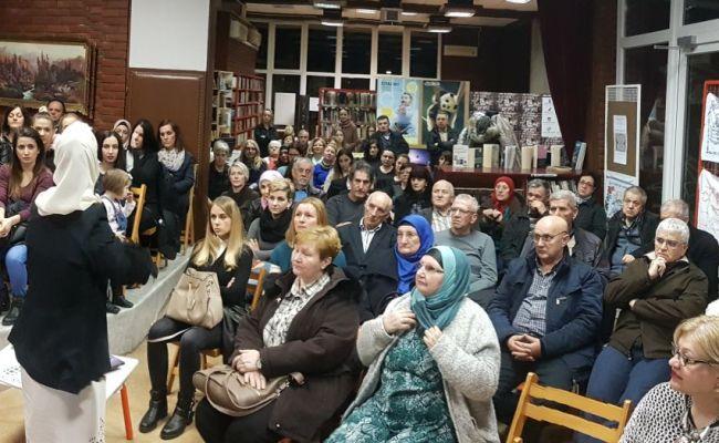 """""""Životno"""" predavanje Lejle Tutić u Sisku"""