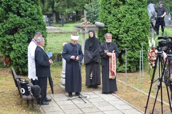 Uštica kod Jasenovca: Obilježen Međunarodni dan sjećanja na romske žrtve/Samudaripen