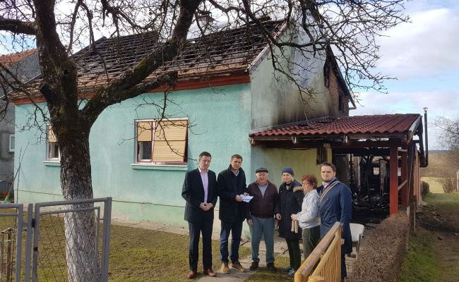 Delegacija Zirata Islamske zajednice posjetila obitelj Veljačić u Sisku